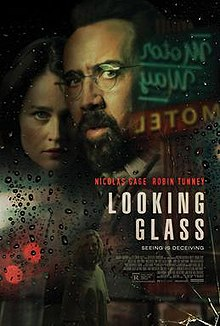 poster Looking Glass (2018)