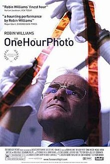 poster One Hour Photo (2002)