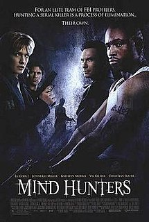 poster Mindhunters (2004)